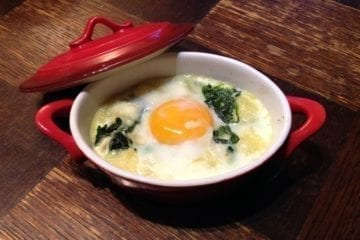 Baked eggs with spinach french recipe